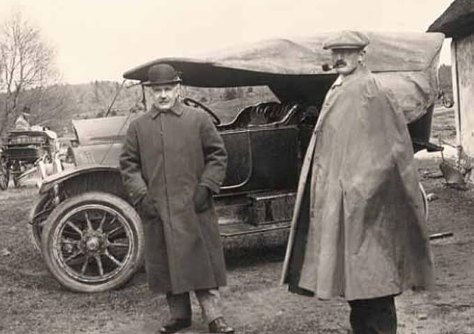 Disponent Edwin Ohlsson tillsammans med riksdagsmannen Hjalmar Wijk. Foto Alfred Wigelius, Skogssällskapets arkiv.